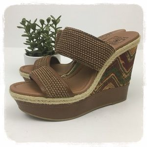 """Lucky Brand """"Candy"""" Wedge Sandals sz. 10"""